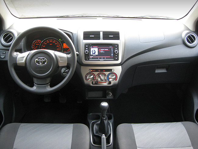toyota wigo   mt reviews specs features price