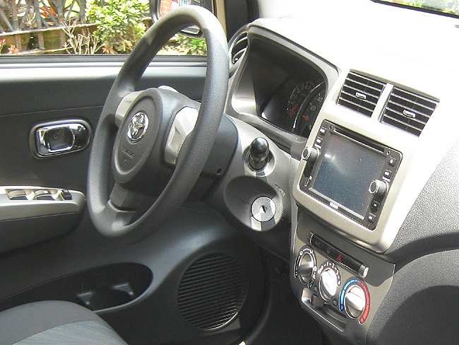 Toyota Wigo 1.0 G MT review in the Philippines