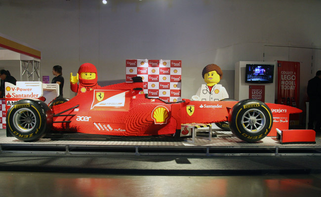 Shell Lego mall tour