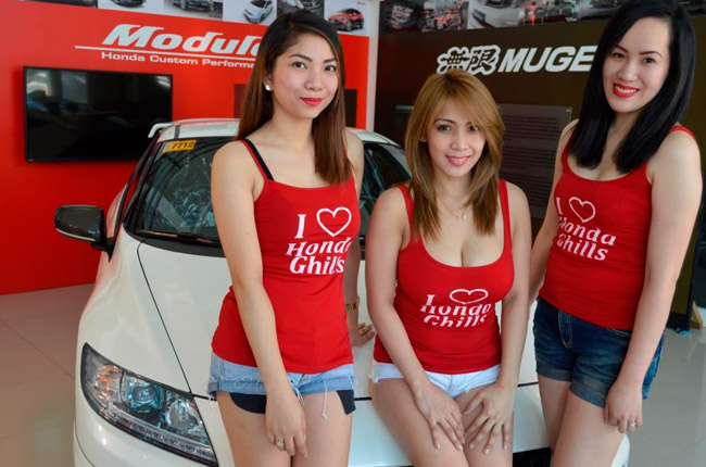 Honda Cars Greenhills' car wash babes