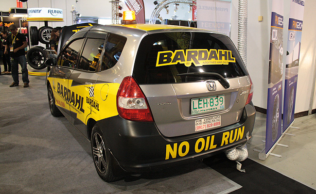 TopGear.com.ph Philippine Car News - See a car engine run without motor oil at the 2014 Manila Auto Salon
