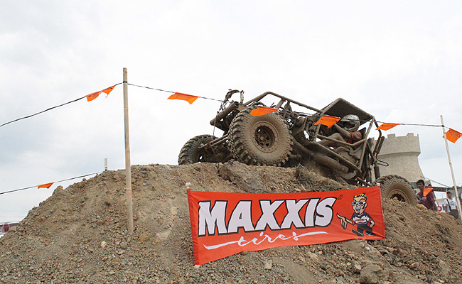 TopGear.com.ph Philippine Car News - Edison Dungca is 2014 Maxxis 4x4 Cup Driver of the Year