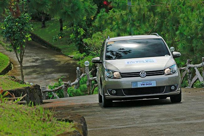 Top Gear Philippines joins Volkswagen's fuel economy drive.