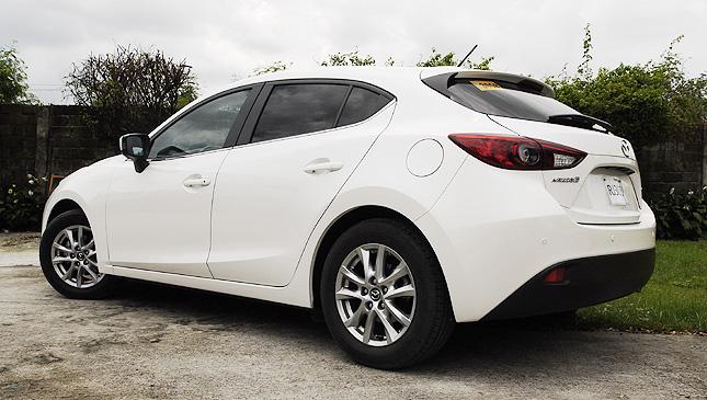 Mazda 3 Skyactiv 1.5 V Hatchback: Review, Price, Specs | Drives | Top Gear  Philippines