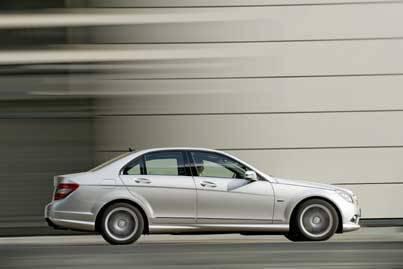 Mercedes_Benz_2.1_liter_eng.jpg