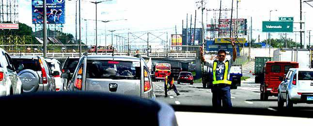 TopGear.com.ph Philippine Car News - MMDA gets ready for Holy Week traffic