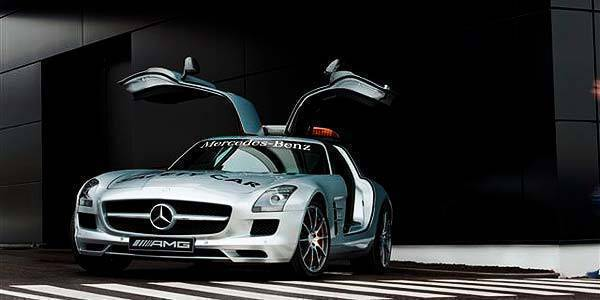 TopGear.com.ph F1 news Mercedes-Benz SLS AMG F1 Safety Car image