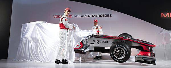 TopGear.com.ph New Vodafone McLaren Mercedes MP4-25 launch