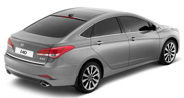 Hyundai reveals i40 sedan