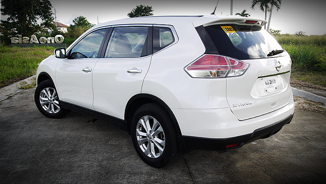 nissan x trail 4x2 review price specs performance. Black Bedroom Furniture Sets. Home Design Ideas