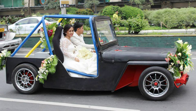 Bridal owner-type jeep
