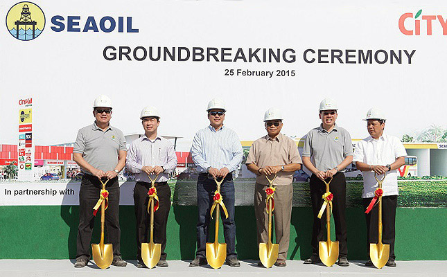 Seaoil SCTEX Mega Station ground-breaking