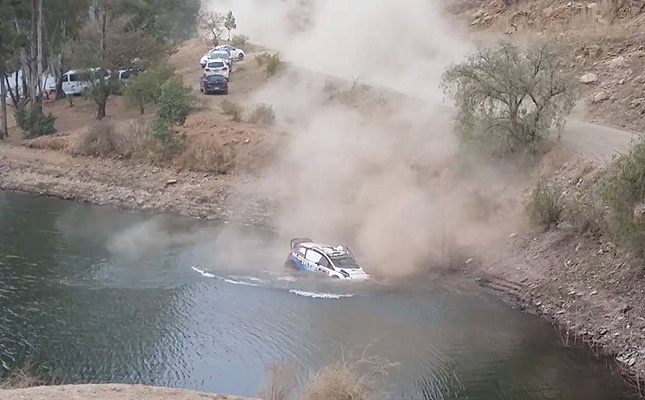 TopGear.com.ph Philippine Car News - Video: Watch a Ford WRC rally car roll into a lake