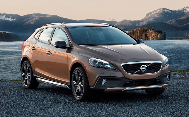 TopGear.com.ph Philippine Car News - Volvo PH confident you'll like the V40 Cross Country enough to buy it
