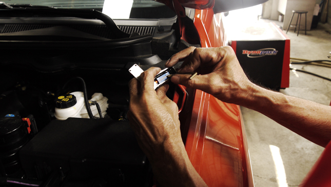 Top Gear Philippines reviews the Q-Box Performance Chip.