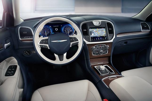 2015 Ward's 10 Best Interiors: 2015 Chrysler 300C Platinum