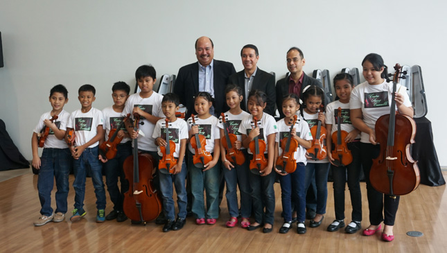 Volkswagen PH turns over musical instruments to kids