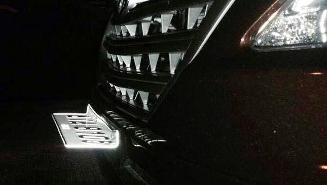 Flimsy Philippine license plates