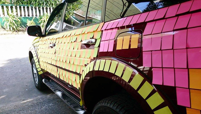 Montero Sport with sticky notes