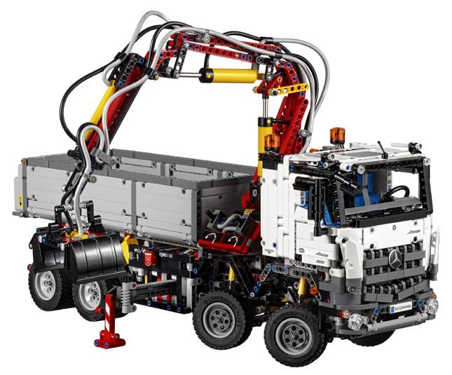The Arocs Lego model
