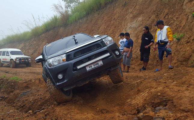 Off-road pickup trucks