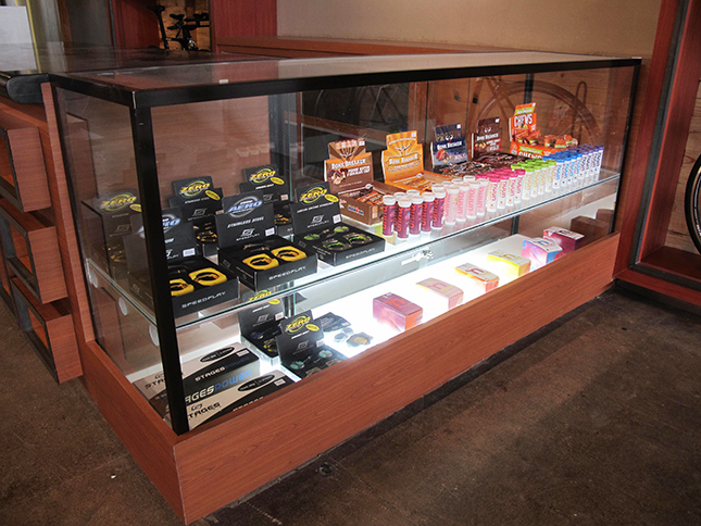 Maximus Athlete's Shop Cafe
