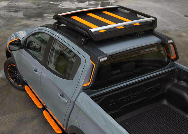 Mitsubishi Strada Geoseek concept
