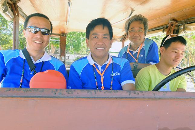 Isuzu MU-X in Palawan