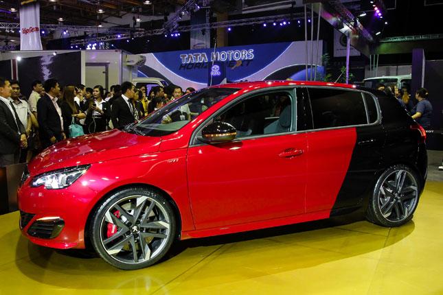 Peugeot at MIAS 2016