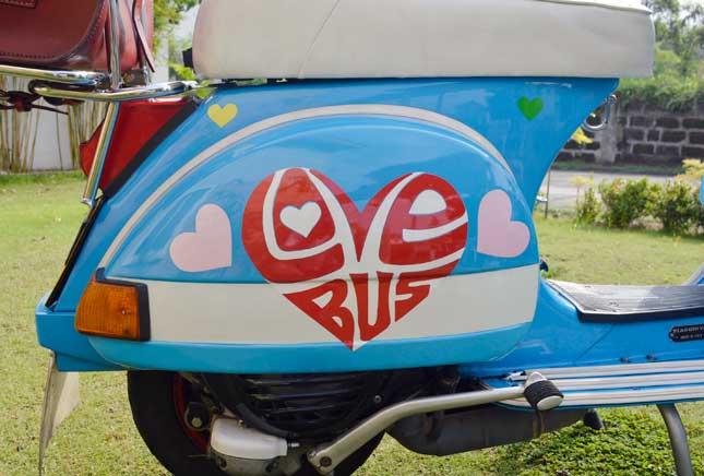 Love Bus Vespa