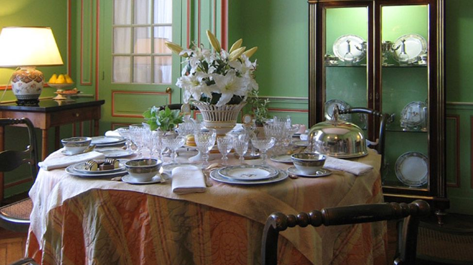 The Different Types Of Dining Plates And Their Uses