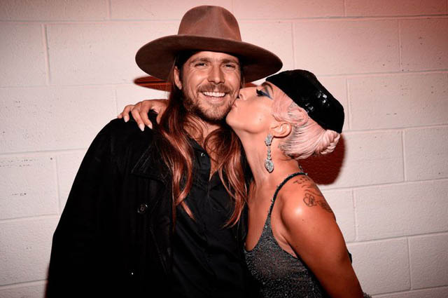 Lukas Nelson Interview About Working with Bradley Cooper and Lady ... 2a7c74a4dfe3