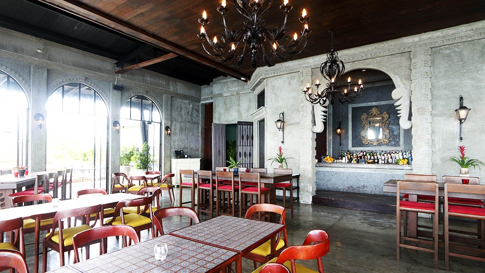 This Is The Perfect Restaurant To Dine With Family In Tagaytay