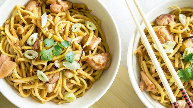 Oriental Garlic Noodles Recipe