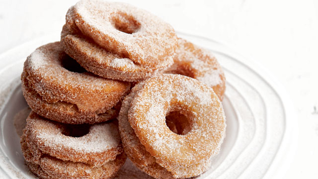 Cinnamon Sugar Cake Doughnuts Recipe