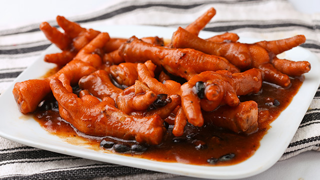 Chicken Feet with Black Beans Recipe