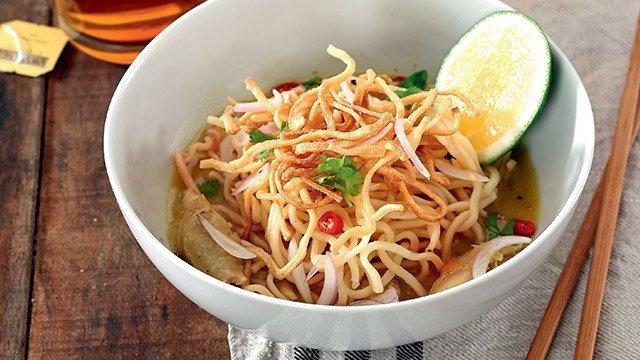 Khao Soi (Thai Curry Noodle Soup) Recipe