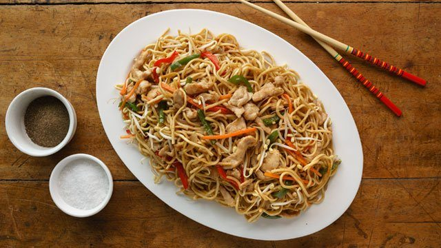 Chicken chow mein recipe easy chicken chow mein recipe forumfinder Image collections