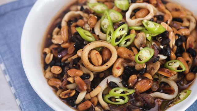 WATCH: How to Make Spicy Stir-fried Squid