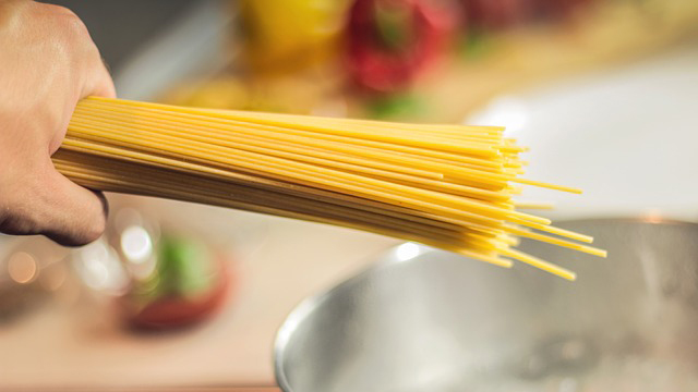 This Is How To Tell When To Remove Your Spaghetti From