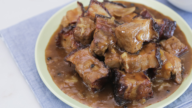 This lechon paksiw recipe contains a delicious secret ingredient!