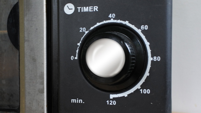 This oven dial will time how long your food has been baking.